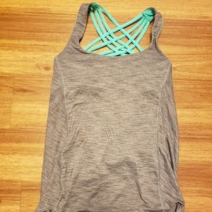 Grey Lululemon top w/ Turquoise built in bra